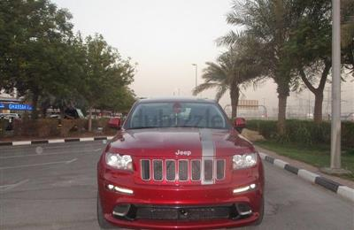 JEEP GRAND GRAND CHEROKEE SRT 8 GCC SPECS IN PERFECT...