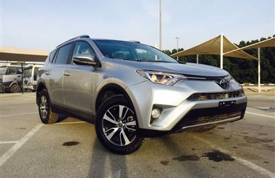 Toyota Rav 4 XLE full oprions Sunroof leather seat 2017...