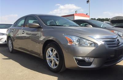 Nissan Altima S 2.5L full options 2015