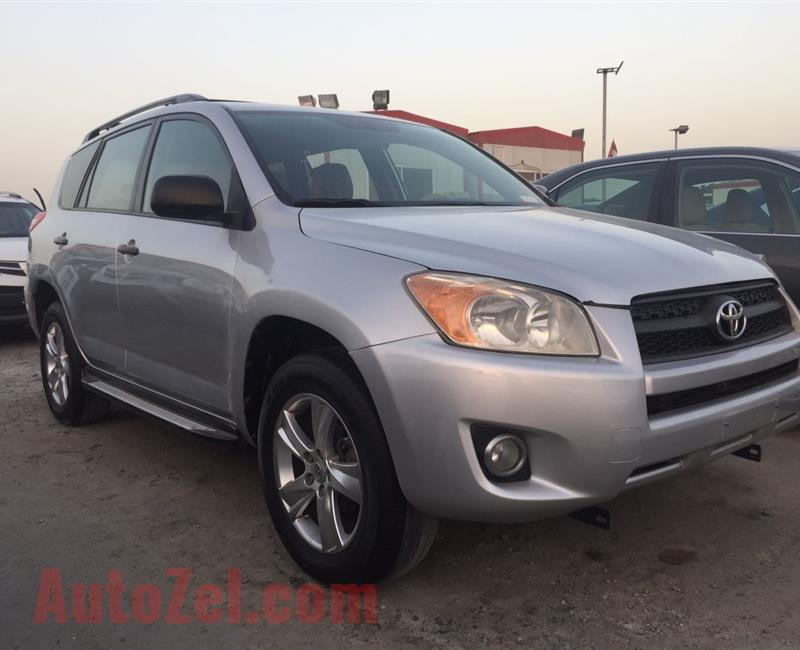 Toyota Rav4 LE full automatic with cruise control AED.27000