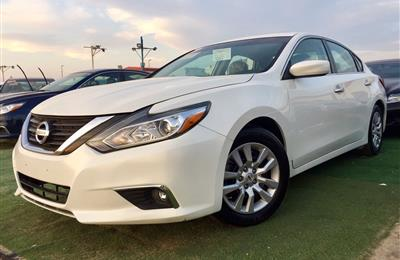 Nissan Altima SV 2.5L full options 2016 (No 5% Tax VAT...