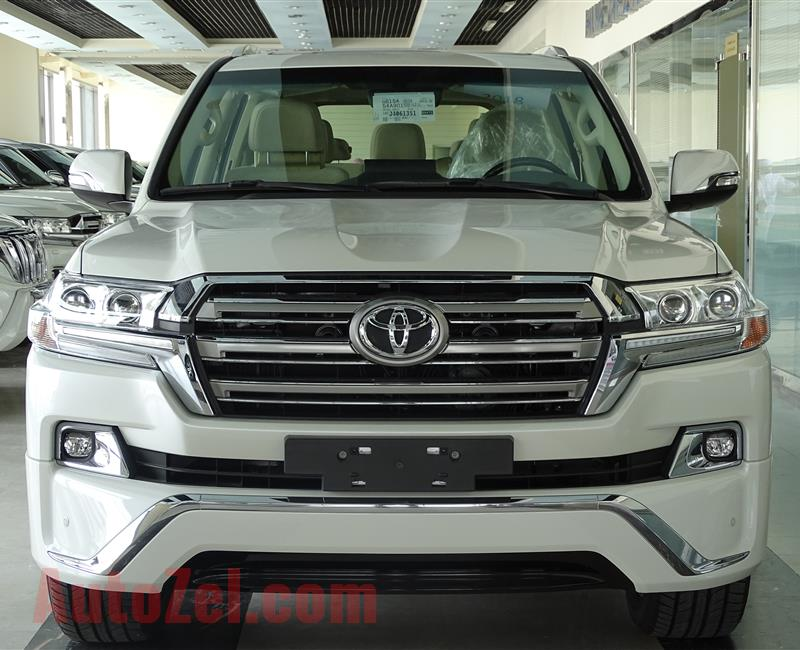 TOYOTA LAND CRUISER VXR 5.7 FABRIC
