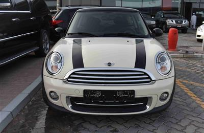 MINI COOPER- 2013- 65 000 KM- GCC