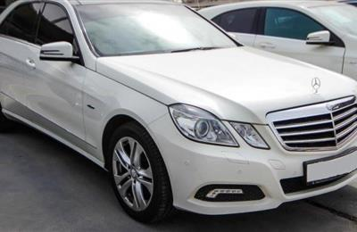 Catch MERCEDES BENZ E Class GCC Like New Car. Similar cars...