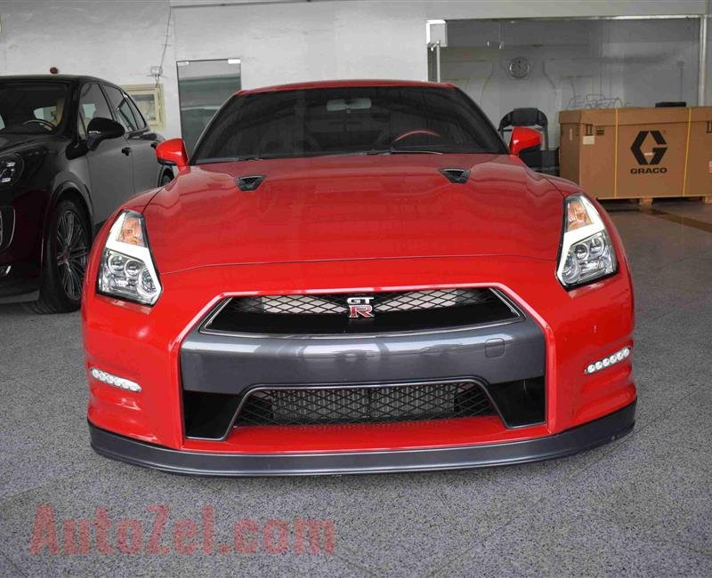 NISSAN GTR- 2016- RED- 45 000 KM- GCC