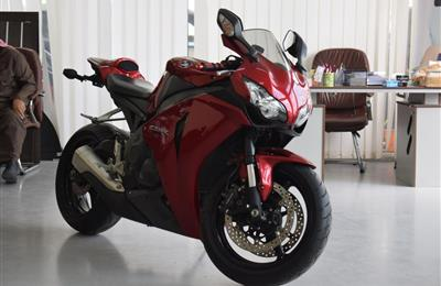 Honda CBR 1000 Amazing Condition