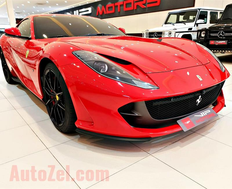 FERRARI 812 SUPERFAST, V12- 2018- RED- 1 800 KM- GCC