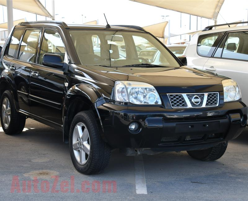 NISSAN X-TRAIL- 2012- BLACK- 180 000 KM- GCC