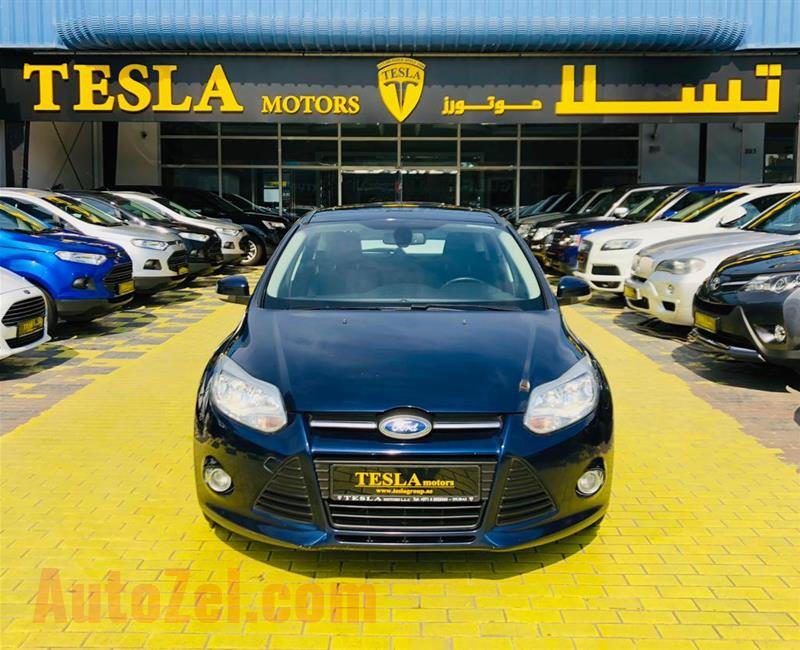 FOCUS///S///2013///GCC///SUPER CLEAN///FULL OPTION///WOW! OWN YOUR FORD AS LOW AS 284 DHS MONTHLY//