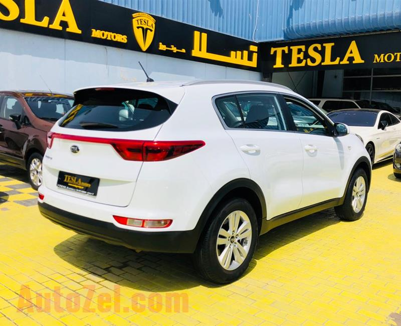 SPORTAGE///2017///GCC///DEALER WARRANTY 26/02/2022 OR 150,000KM////F/S/H!////ONLY 868 DHS MONTHLY///
