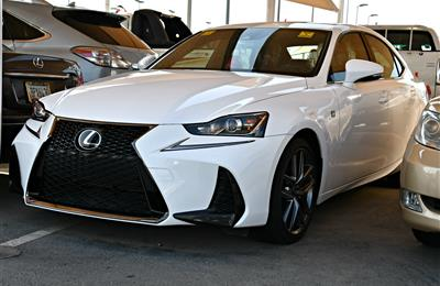 lexus is300 model 2017 - white - 6000 km - v6 - car specs...