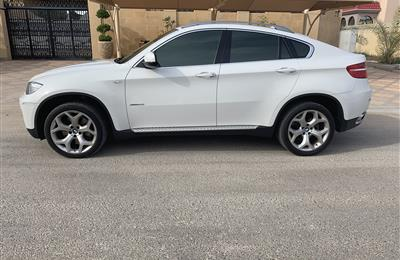 BMW X6 v8 twin turbo  full option 2008 first owner