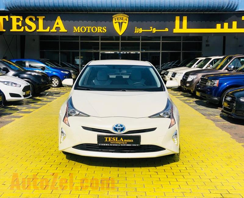 ///HYBRID///TOYOTA PRIUS ICONIC 1.8L V4///GCC///2017///WARRANTY///ECONOMIC///ONLY 1,220 DHS MONTHLY/