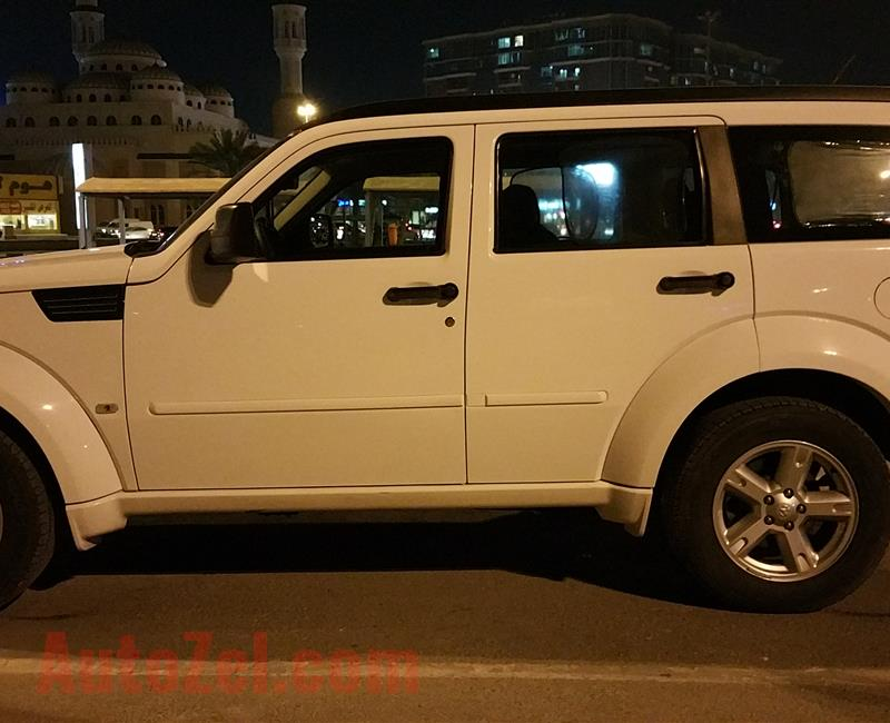 48,000 KMS Only,GCC, ,2011 DODGE NITRO,4x4, V6, Dealer Service History, Pristine Condition..