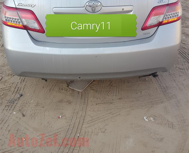 CAMRY 2011 FOR SALE , SILVER COLOR IN GOOD CONDITION