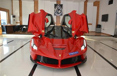 BRAND NEW FERRARI LA FERRARI- 2015- RED- 1 OF 500 CARS IN...