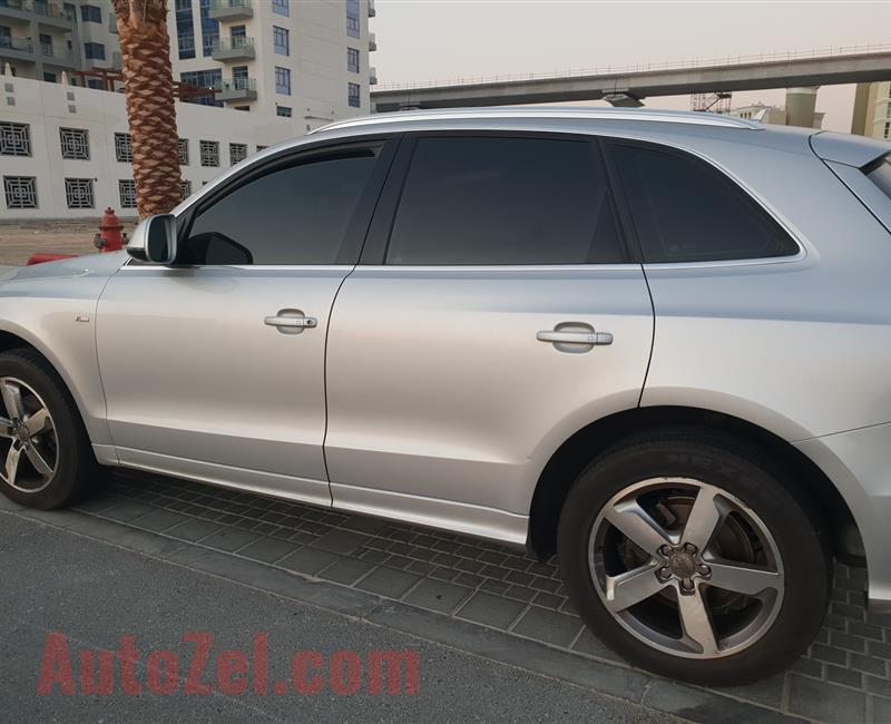 Audi Q5 Quattro/ S Line 2.0 T GCC Spec with Panoramic Sunroof well maintained inside out No Accident