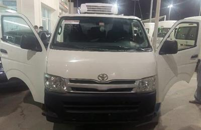 Toyota Hiace freezer/chiller van for sale
