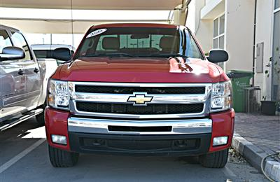 CHEVROLET SILVERADO MODEL 2010 - RED - 278,000 KM -V8 -...