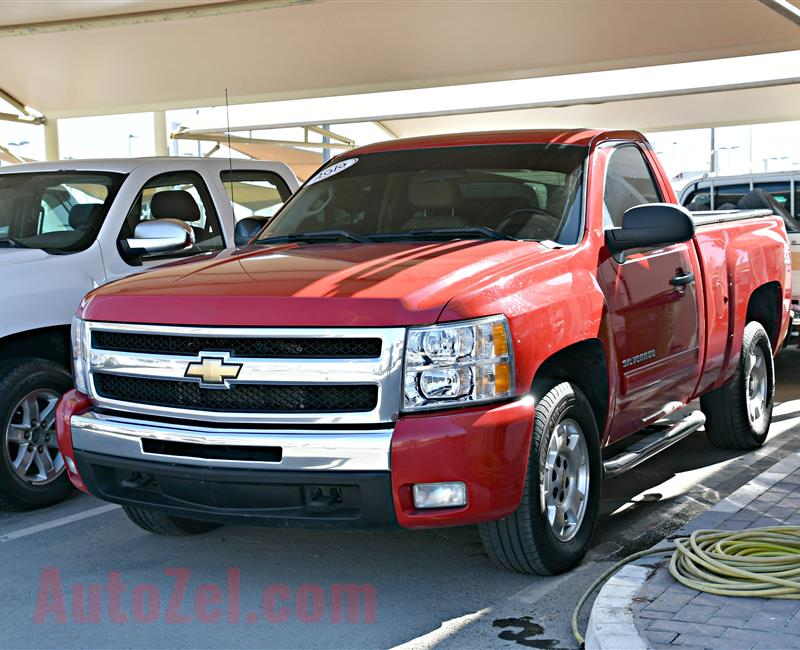 CHEVROLET SILVERADO MODEL 2010 - RED - 278,000 KM -V8 - GCC