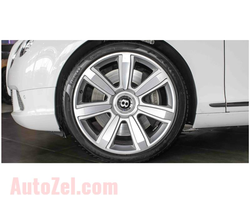 BENTLEY CONTINENTAL GT W12- 2012- WHITE- 90 000 KM- GCC SPECS