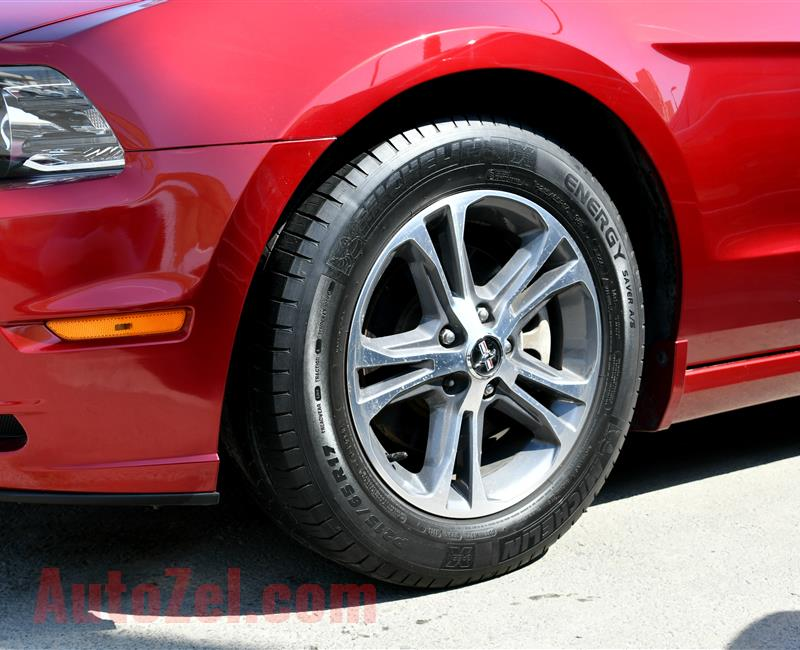 FORD MUSTANG- 2014- RED- 80 000 MILES- AMERICAN SPECS