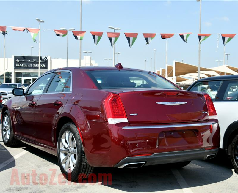 CHRYSLER 300- 2016- RED- 30 000 MILES- AMERICAN SPECS