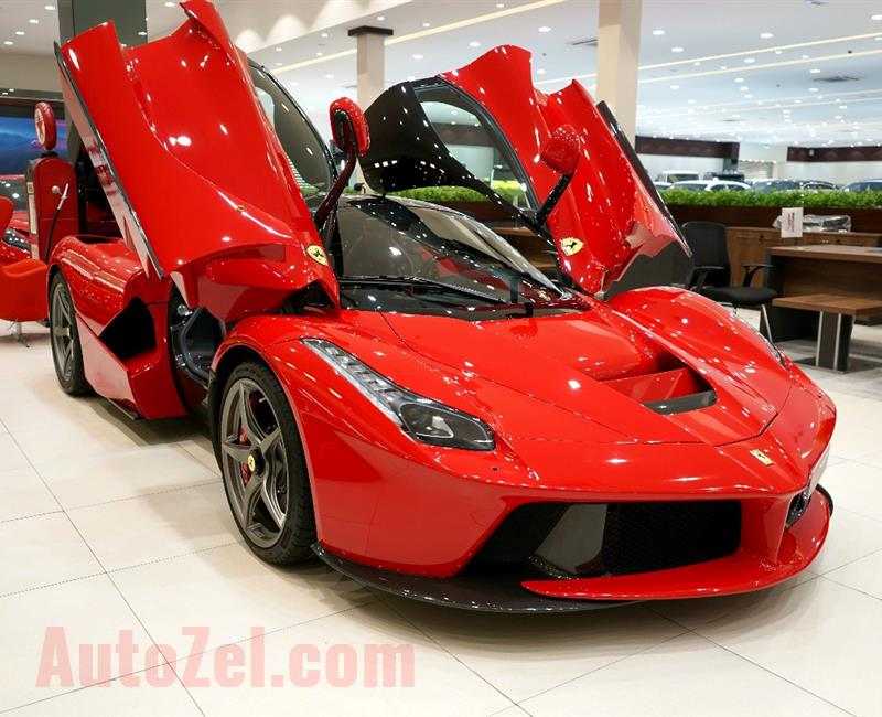 FERRARI LA FERRARI- 2015- RED- 1 800 KM- GCC-  DEALER WARRANTY