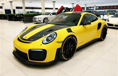 PORSCHE CARRERA 911 GT2 RS- 2018- YELLOW- 2 000 KM- GCC