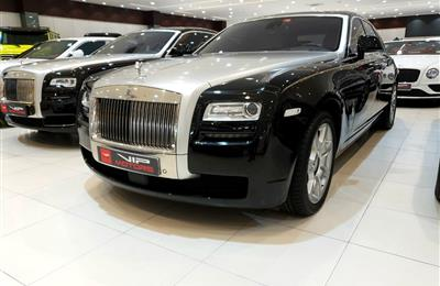 ROLLS ROYCE GHOST-  2012- BLACK- 48 000 KM- GCC- FULL...