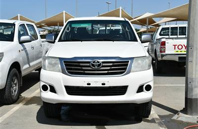 TOYOTA HILUX (MANUAL GEAR), V4- 2014- WHITE- 231 000 KM-...