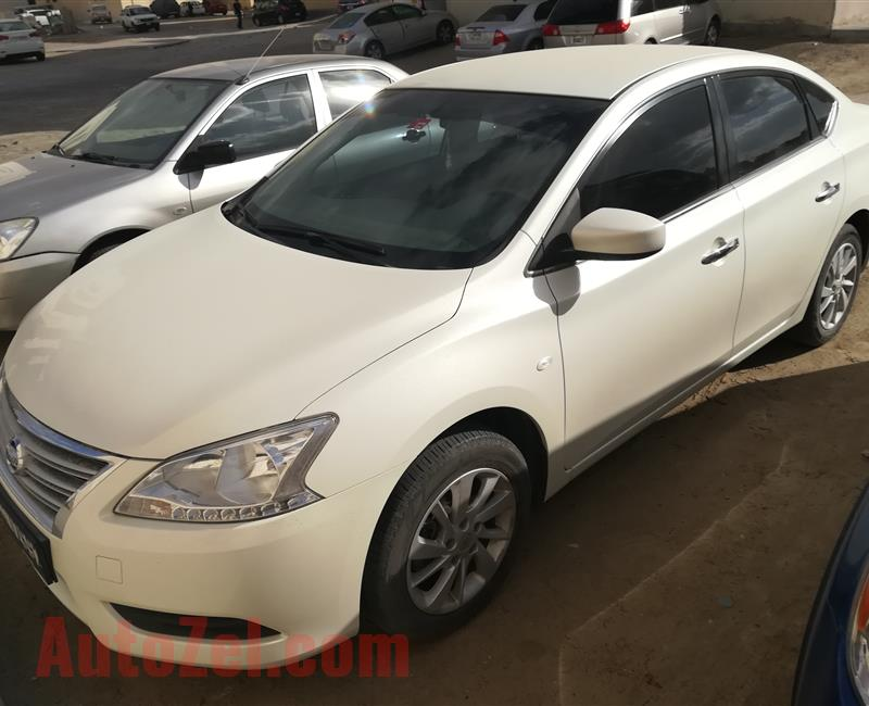 Nissan Sentra 1.8L mid option 2017 under warranty No accident