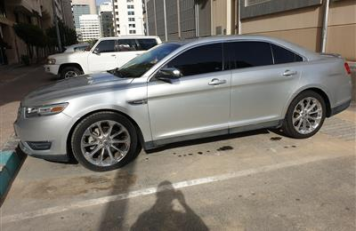 Ford Taurus LIMITED - excellent condition only 63K kms