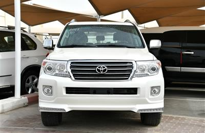 TOYOTA LAND CRUISER GXR, V6- 2011- WHITE- GCC