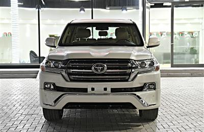 TOYOTA LAND CRUISER GXR MODEL 2014 - WHITE - CAR KIT 2018...