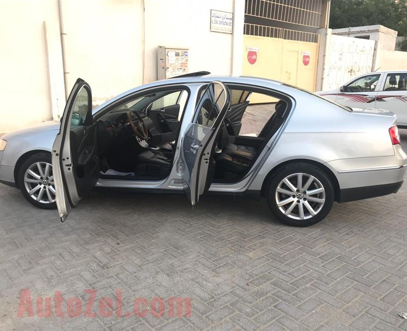 Volkswagen Passat TSI Turbo 2009 Model Gcc Specs Fully Loaded Options No1-First Owner/Car is in Excellent Condition&Very Clean