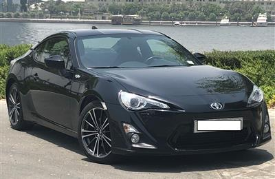 Toyota FT86 VTX Black, 2015, UAE Spec. 40,000 km only....