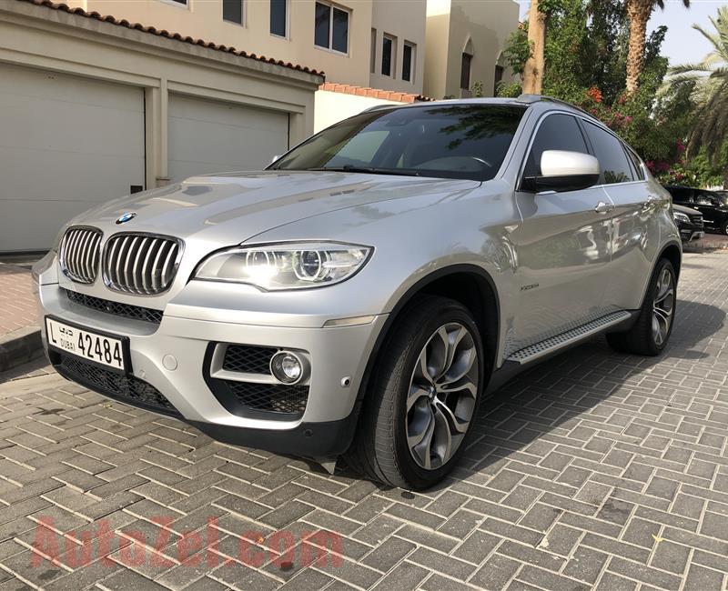 BMW X6 50i V8 with Extended service plan till 2024