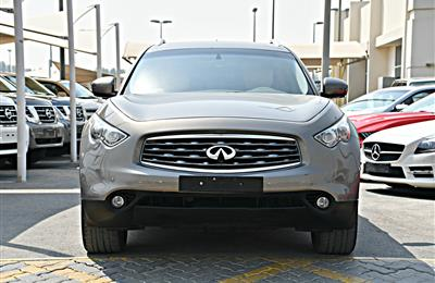 INFINITI FX35 FULL OPTION  MODEL 2010 - GOLD - 187,000 KM...