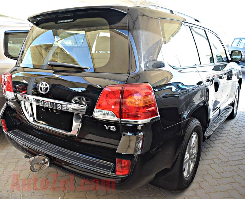 TOYOTA LAND CRUISER GXR MODEL 2014 - BLACK - 93,000 KM - V8
