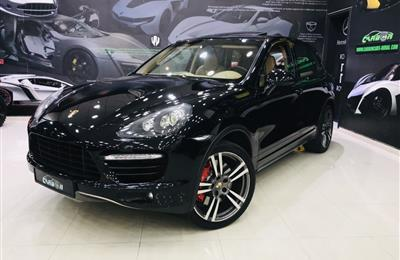 PORSCHE CAYENNE TURBO- 2013- BLACK- 146 000 KM- GCC