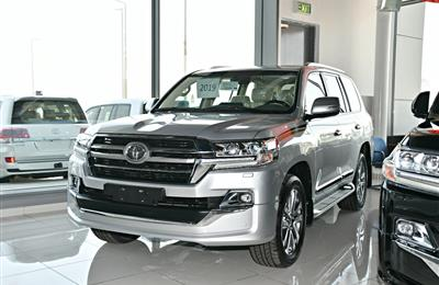 TOYOTA LAND CRUISER GXR MODEL 2019 - SILVER - ZERO KM - V8...
