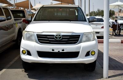TOYOTA HILUX PICK UP 4X4 GLX, V4- 2014- WHITE- 200 000 KM-...