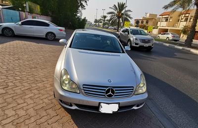 Mercedes Benz CLS 350, like new clean in & out, no single...