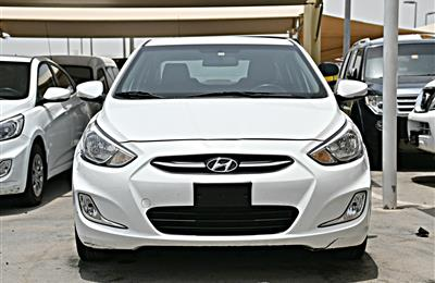 HYUNDAI ACCENT MODEL 2016 - WHITE - 83,000 KM - V4 - GCC