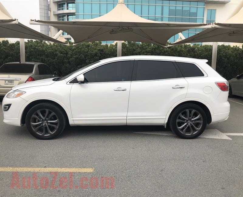 Mazda CX-9 Family car SUV 7 seats