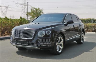 BENTLEY BENTAYGA- 2017- 18 000 KM ONLY- GCC SPECS