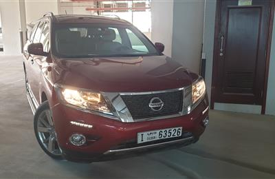 Nissan Pathfinder 2017 - Full Option - 54800 KM - Full...