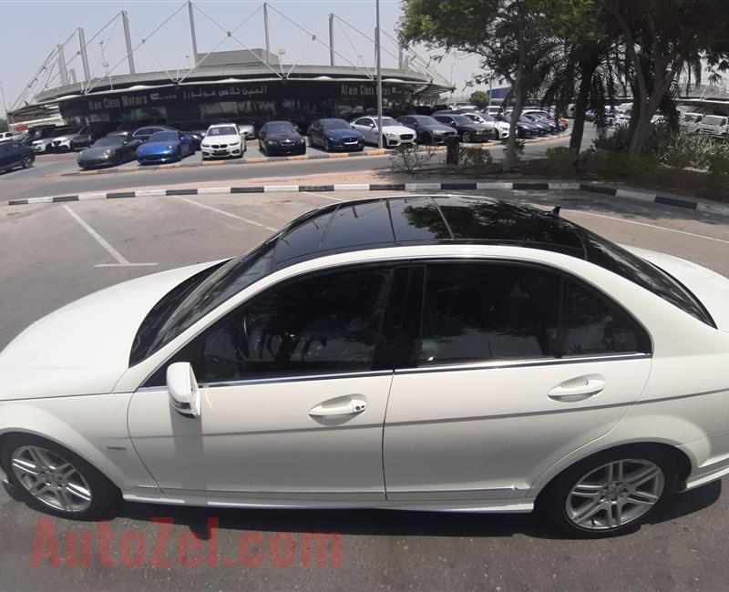 Mercedes Benz c280 gcc panaromic