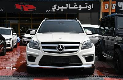 MERCEDES-BENZ GL500- 2014- WHITE- 108 000 KM- GCC SPECS